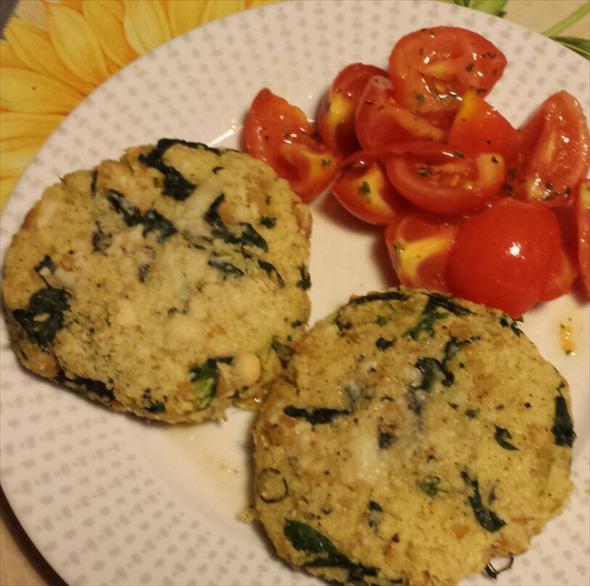 Hamburger-di-couscous-spinaci-e-ceci-1-size-3