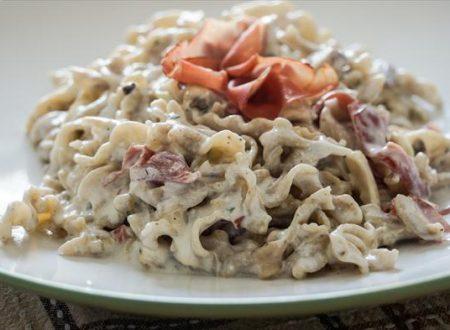 Pasta alla Valtellinese,con bresaola e funghi