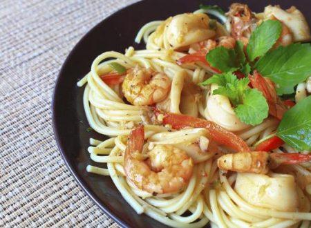 Spaghetti zucchine e gamberetti alla menta